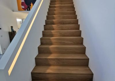 Rampe d'escalier lumineuse